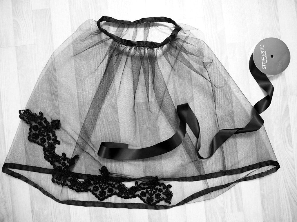 How To Make The Easiest Petticoat In The World