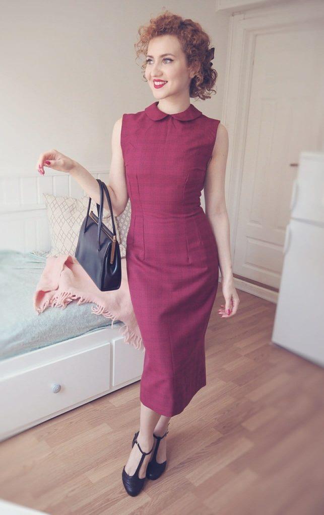 vintage wiggle dress