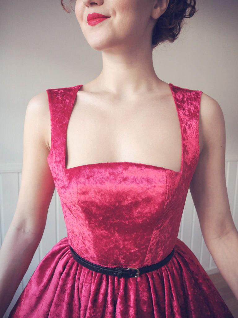 Vintage dress, velvet vintage dress, diy vintage dress, diy prom dress, 1950s dress, vintage evening dress, diy dress, prom dress